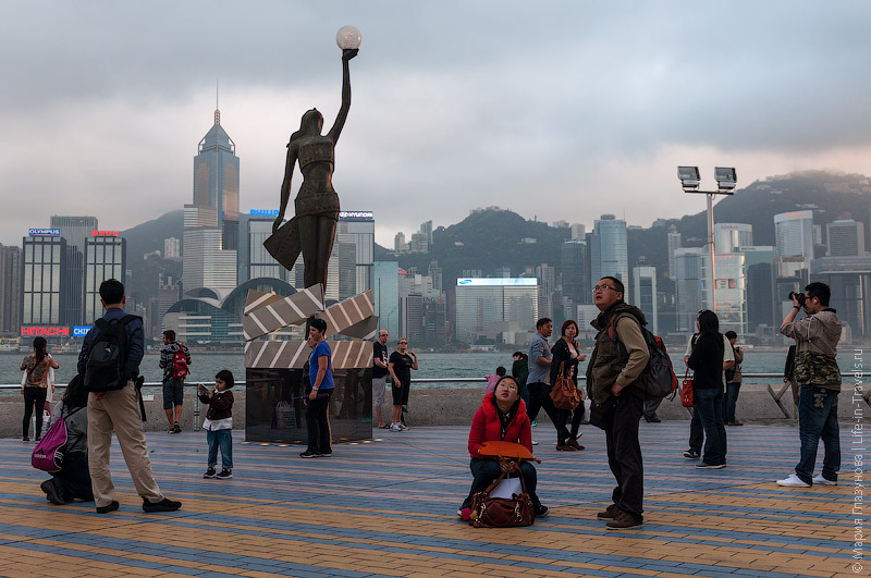 Statue of Hong Kong Film Awards
